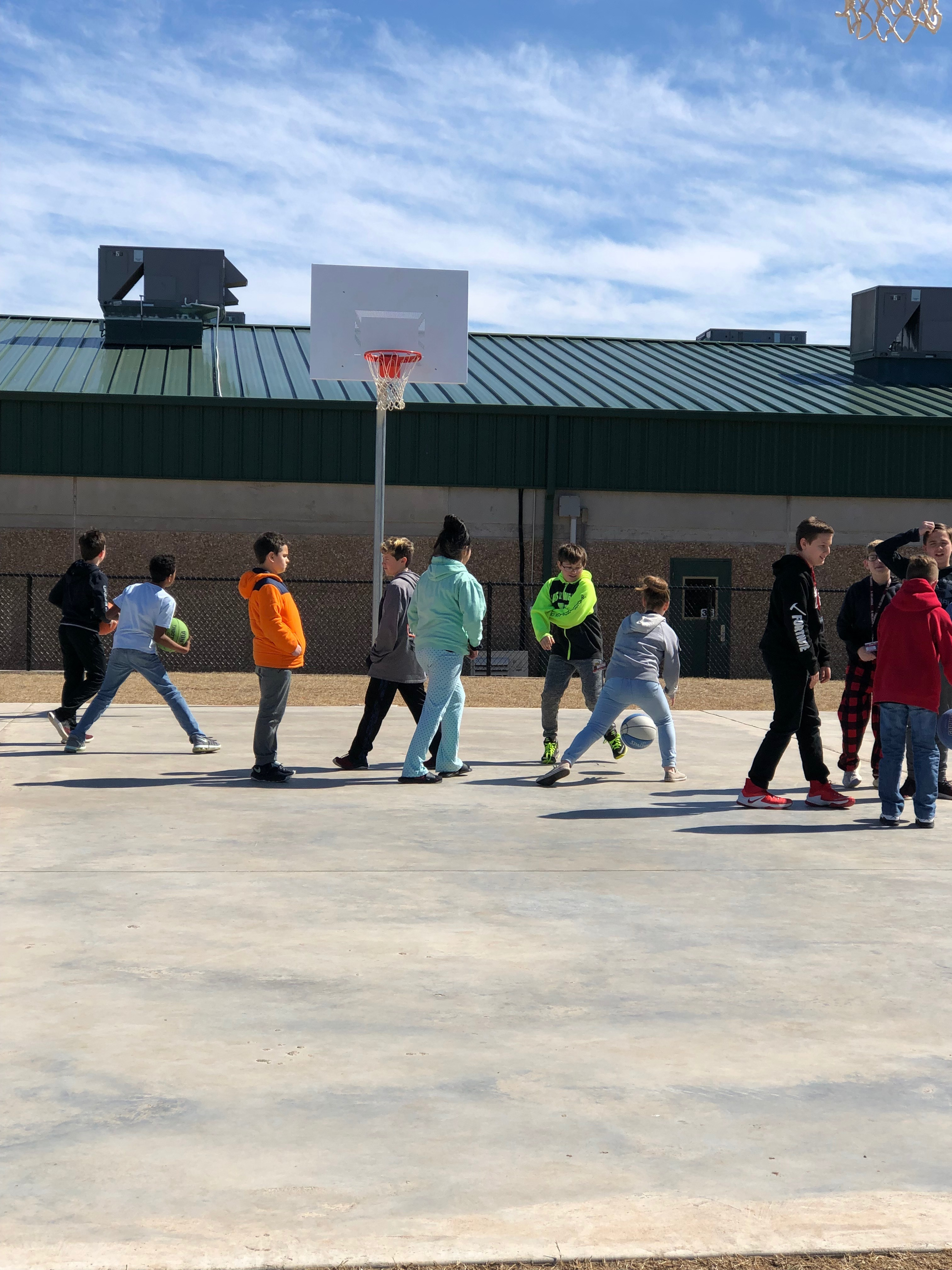 BOND 5-6th Center Outdoor Basketball